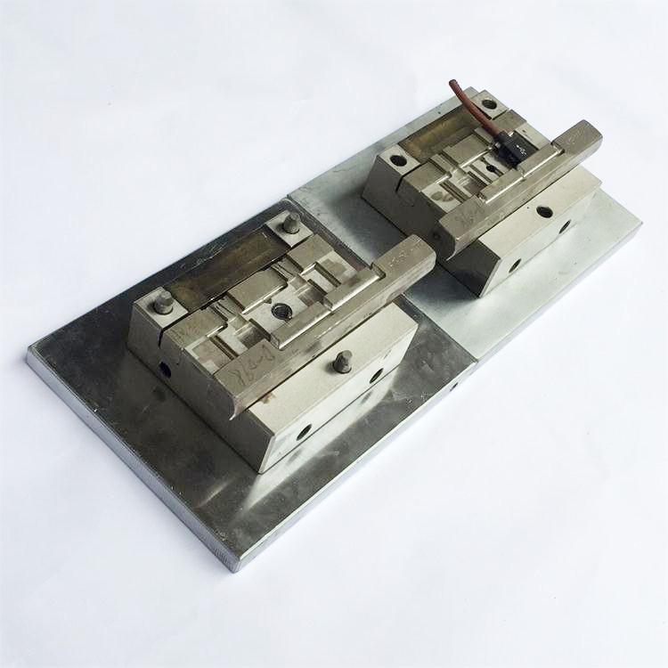 USB模内成型模具