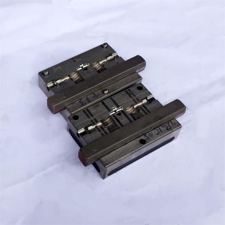 深圳USB弯头模具设计